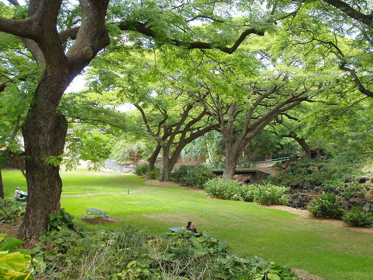 Liliuokalani botanical garden wikipedia for Foster botanical garden honolulu