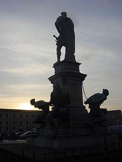 Il monumento a Ferdinando I e i Quattro Mori