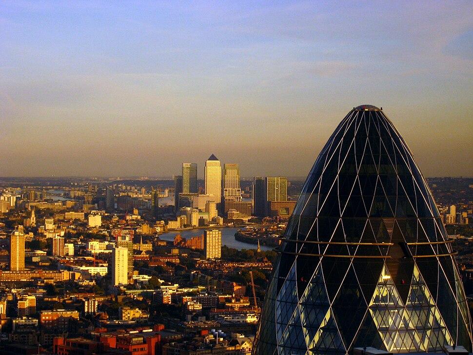 London - The Gherkin & Canary Wharf