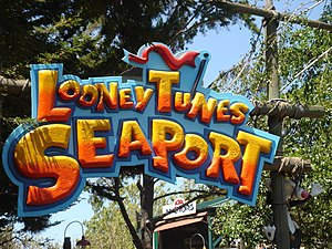 Six Flags Discovery Kingdom - Looney Tunes Seaport