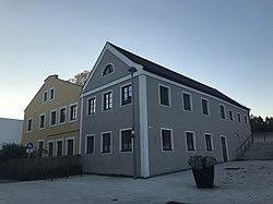 Mädchenschulhaus Vilsbiburg 2018 001.jpg