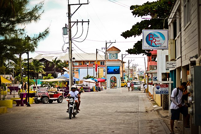 San Pedro Town_3