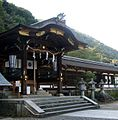 Main building of the Matsuo Taisha 01.jpg