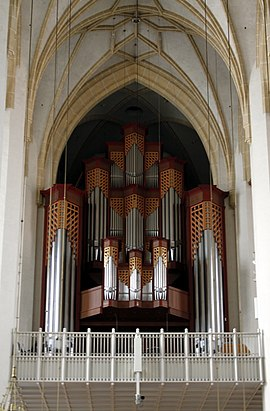 Main pipe organ - Frauenkirche - Munich - Germany 2017.jpg
