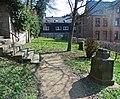 Marburg Friedhof Barfüßertor südlich der Südtreppe von W 2019-03-23.JPG