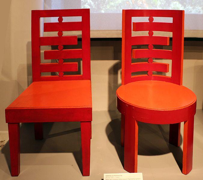 File marcello piacentini sedie per l 39 ingresso della casa for Sedie per ufficio roma