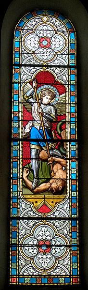 Vitrail de l'église Saint-Martin de Marcillé-la-Ville (53). Saint-Michel.