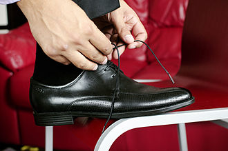 Dress shoe - Men's dress shoes (Derby type with open lacing).