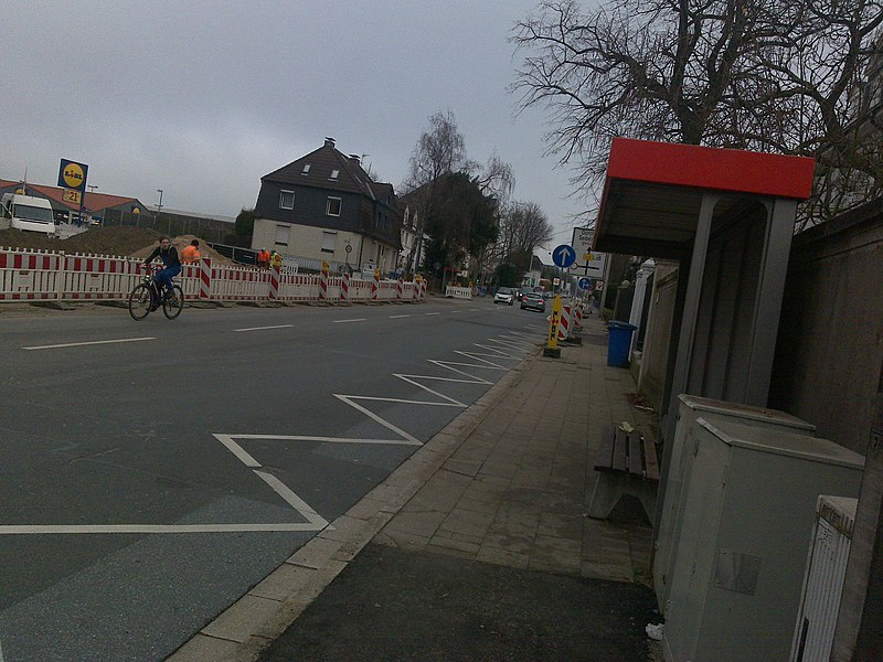 File:Mettmann, Johannes-Flintrop-Straße - panoramio.jpg