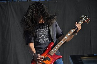 Alice in Chains - Bassist Mike Inez joined Alice in Chains in 1993
