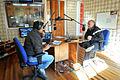 Ministro Álvaro Elizalde entrevistado en la Radio BioBio de Valparaiso (13911931645).jpg