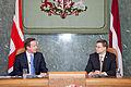 Ministru prezidenta Valda Dombrovska tikšanās ar Apvienotās Karalistes Ministru prezidentu Deividu Kameronu (8515580200).jpg