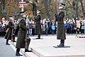 Ministru prezidents Valdis Dombrovskis vēro Rīgas garnizona vienību militāro parādi pie Brīvības pieminekļa (8174976705).jpg