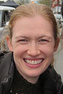 Mireille Enos set of The Killing March 2012 (cropped).jpg