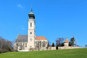 Mistelbach_-_katholische_Kirche.JPG