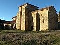Monasterio de San Miguel de Escalada.jpg