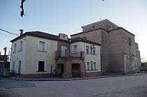 Montejo de Arevalo 05 ayuntamiento e iglesia by-dpc.jpg