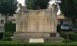 Raymond Delamarre - Saint-Martin-de-Ré's war memorial. Delamarre's allegories of a victorious France and a France in mourning join hands and hold a crown of laurel above a list of the men of the commune who gave their lives In the 1914–18 war
