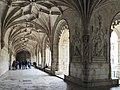 Mosteiro dos jerônimos (41435416551).jpg
