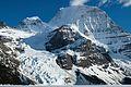 Mount Robson, Canada.jpg