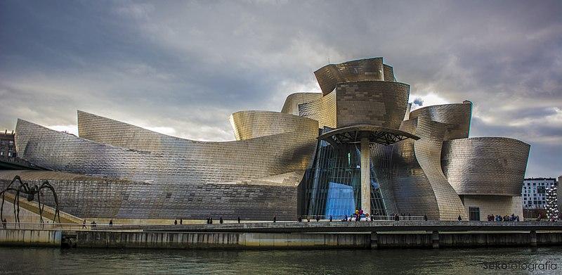 Archivo:Museo Guggenheim Bilbao, Bilbao. (23811575351).jpg