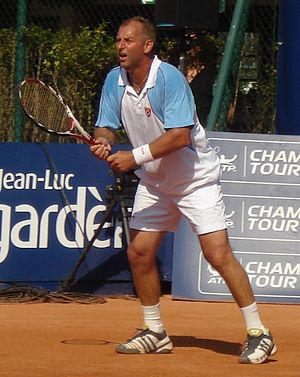 Mexican Open (tennis) - Thomas Muster (1993–96) holds the records for most overall and consecutive titles (four) in Mexico.