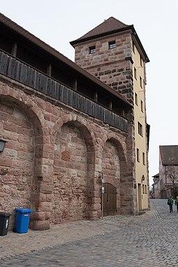 Nürnberg, Stadtbefestigung, Maxtormauer, Schwarzes J-20160304-002