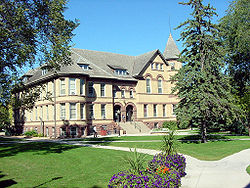 Edificio en o campus d'a North Dakota State University