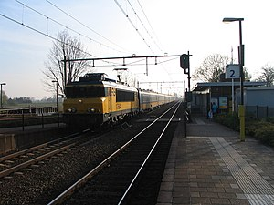 Ravenstein railway station - Image: NS 1764; Station Ravenstein met passerende intercity