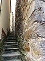 Narrow lane - panoramio.jpg