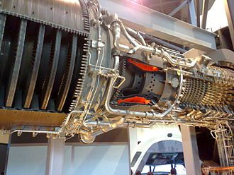 General Electric CF6 - cutouts detail : compressor at right, combustor in center and turbine at left