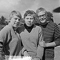 Nederlandse zwemkampioenschappen, Ineke Tigelaar, Klenie Bimolt, Ada Kok, Bestanddeelnr 916-7442.jpg