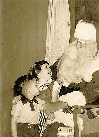 Christmas in the post-war United States - New Orleans department store Santa Claus, 1954