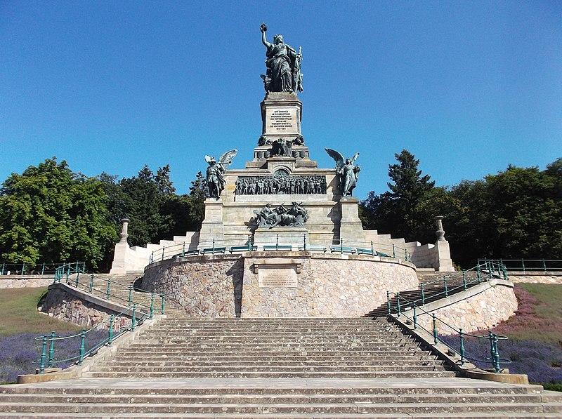 File:Niederwalddenkmal ohne Personen.jpg