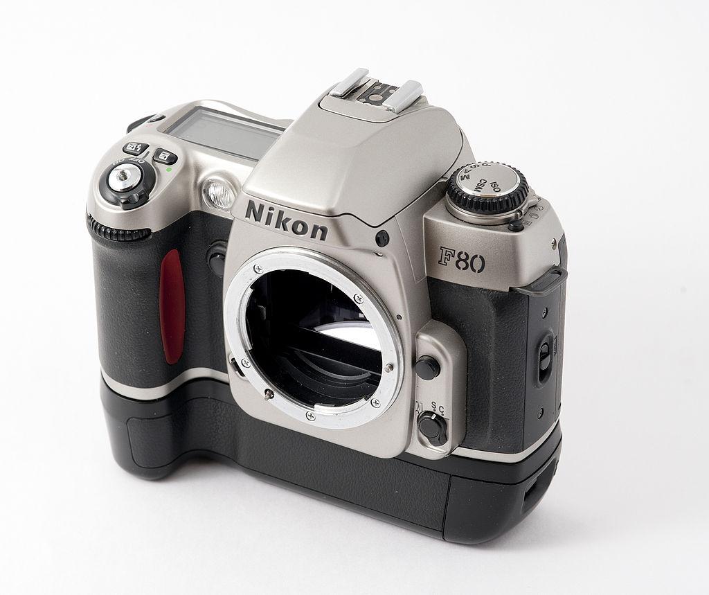 1024px-Nikon_F80_T.jpg