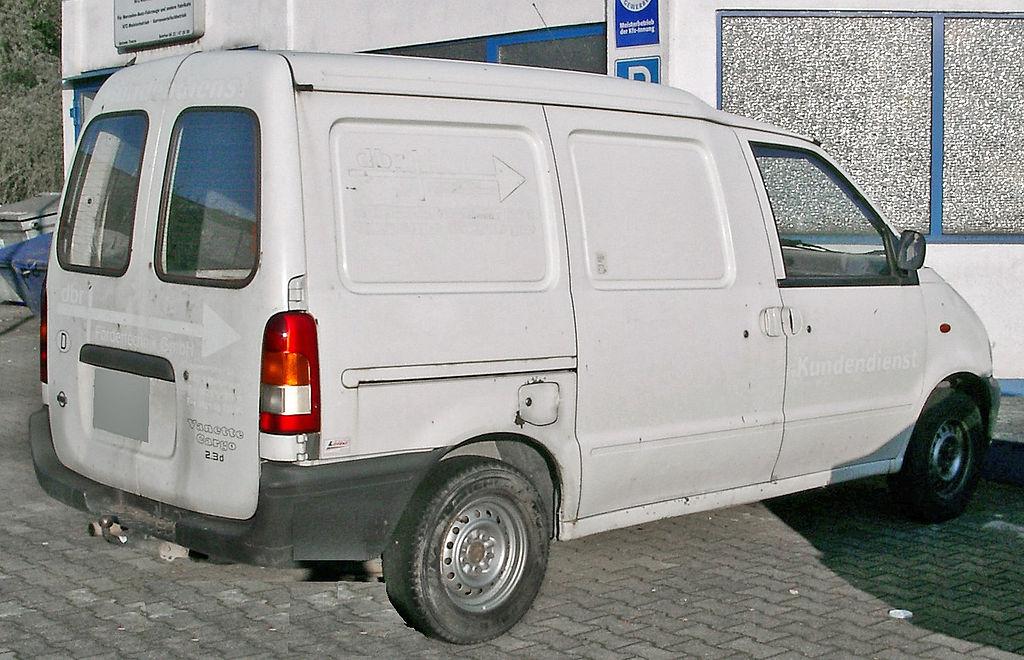 Nissan Vanette Cargo E - Fotos de coches - Zcoches
