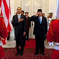 Obama and Susilo Bambang Yudhoyono in arrival ceremony cropped.jpg