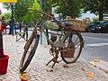 Old bike (20757016824).jpg