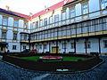 Olomouc, arcibiskupský palác, nádvoří.jpg
