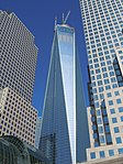 One WTC from behind Brookfield Pl May 2013.jpg