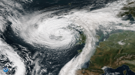 Ophelia making landfall in Ireland as an extratropical cyclone on 16 October Ophelia 16 October 2017.png