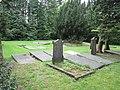 Oude Begraafplaats Lunteren (30742403050).jpg