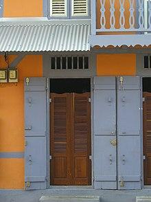Case cr ole wikimonde for Plan maison creole traditionnelle