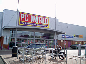 PC World (retailer) - PC World, Kingston Park, (2007). The store carries the previous logo. (2000 to 2008)