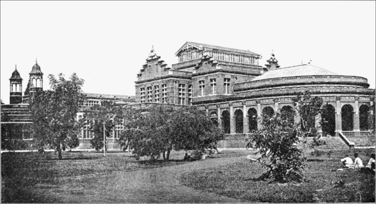 PSM V71 D494 Museum building in madras india.png