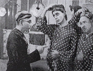 Pah Wongso Pendekar Boediman - Pah Wongso (left) with S Waldy and M Sarip in the sequel Pah Wongso Tersangka