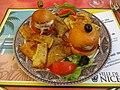 Pan-bagnat, socca et pissaladière niçois.jpg