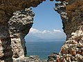 Panorama dalle Grotte di Catullo, Sirmione.jpg