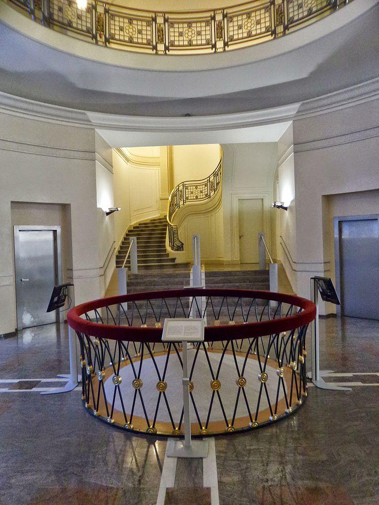 file paris 38 rue cambon wikimedia commons. Black Bedroom Furniture Sets. Home Design Ideas