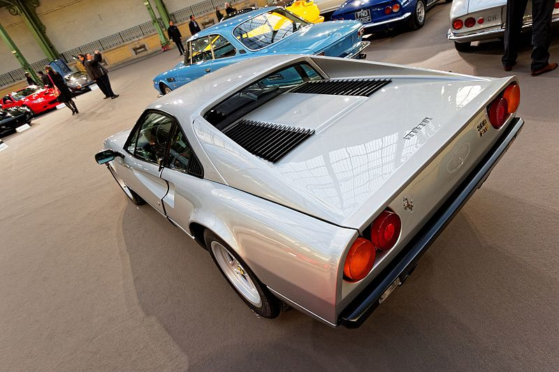 File:Paris - Bonhams 2016 - Ferrari 308 GT Vetroresina Berlinette - 1976 - 004.jpg
